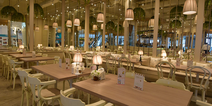 Dining Tables from Kelly by Audrey ZPELL@Future Park Rangsit, Pathum Thani