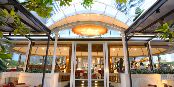 Exterior of Le Boeuf at Marriott Mayfair Hotel in Langsuan, Bangkok