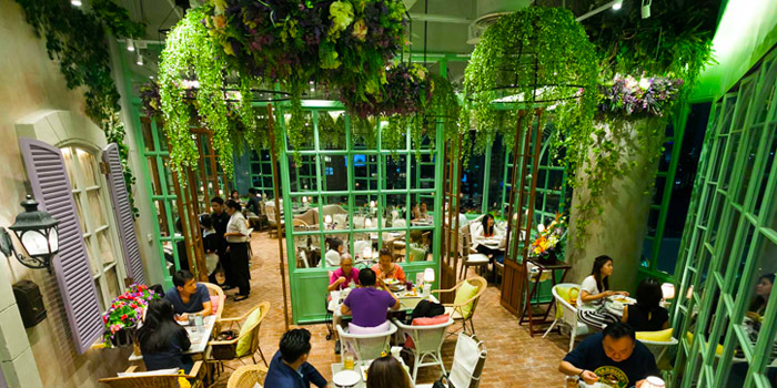 Interior of  Audrey Cafe des Fleur at The EmQuartier, Bangkok