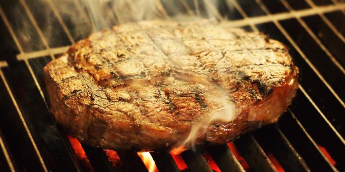 Rib Eye Steak on Grill, Chez Raymond de Paris, Sai Kung, Hong Kong