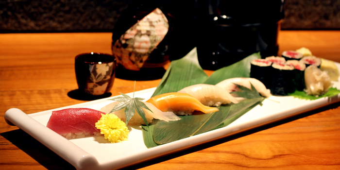 Sushi Set from Hanashizuku Japanese Cuisine at Cuppage Plaza in Orchard, Singapore