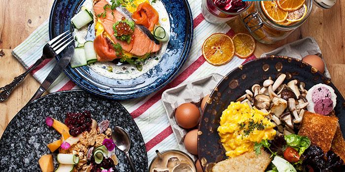 Breakfast Spread from Symmetry in Bugis, Singapore