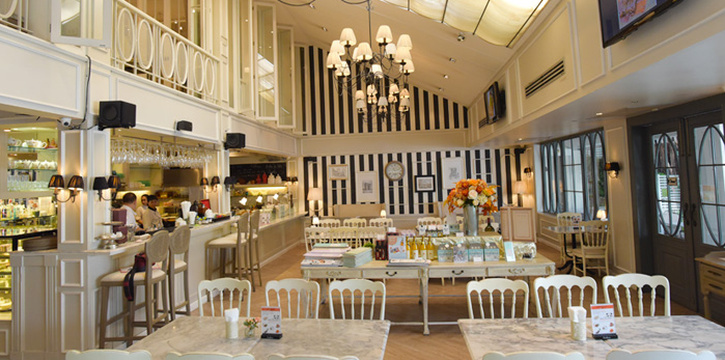 Dining Area from Audrey Cafe & Bistro in Thonglor Soi 11, Bangkok
