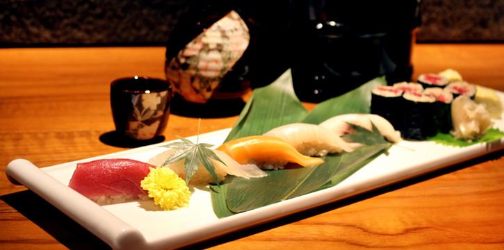 Sushi Set from Hanashizuku Japanese Cuisine at Cuppage Plaza in Orchard, Singapore