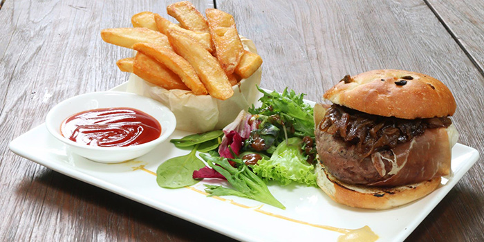 Grilled Wagyu Beef Burger from Da Paolo BistroBar at Rochester Park, Singapore