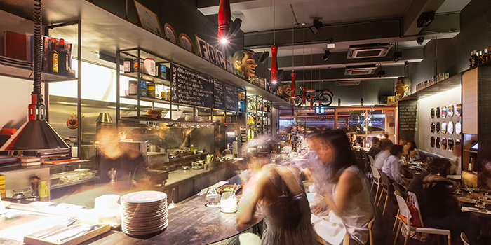Bar Seating in FOC Restaurant on Hong Kong Street in Boat Quay, Singapore