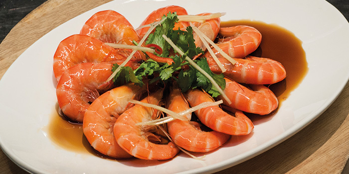 Steamed Tiger Prawns from Fremantle Seafood Market in Clarke Quay, Singapore