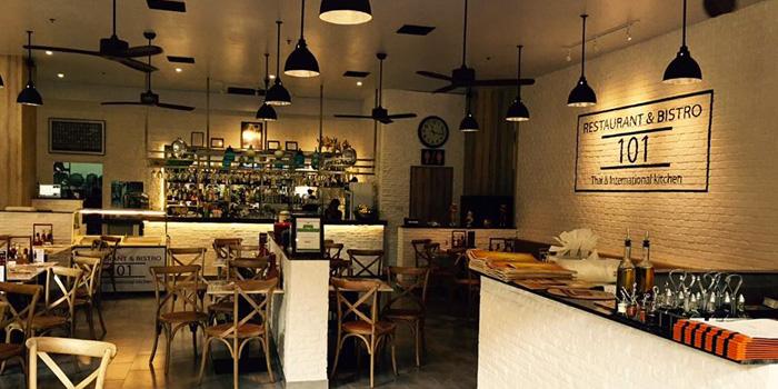 Interior of Cafe 101 at Jungceylon, Phuket