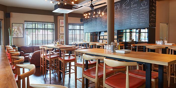 Dining Area of 13% Gastro Wine @ Aliwal in Bugis, Singapore