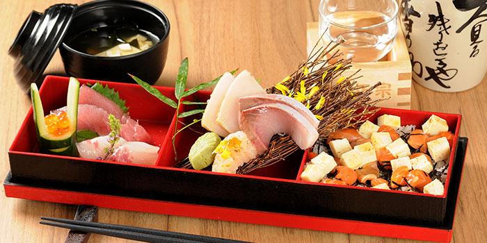 Chirashi Sushi from MARUKYU  at Telok Ayer in Raffles Place, Singapore.