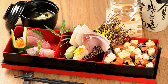 Chirashi Sushi from MARUKYU  at Telok Ayer in Raffles Place, Singapore.