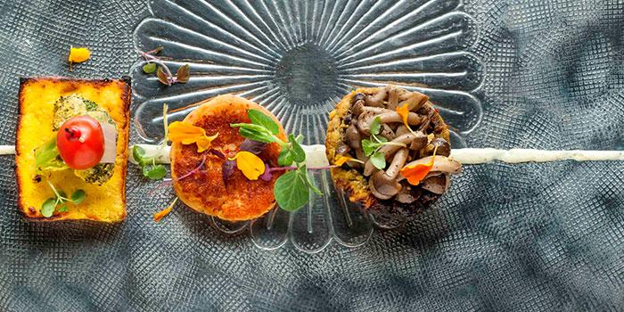 Vegetarian Tasting Sampler from Rang Mahal at Pan Pacific Hotel in Promenade, Singapore