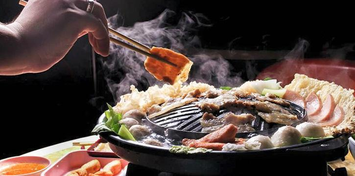 Sizzling Plate from Siam Square Mookata (Golden Mile Tower) in Bugis, Singapore