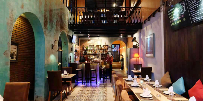 Dining Area of Rendez-Vous Coffee Wine Dine in Talad-Nua, Muang, Phuket, Thailand