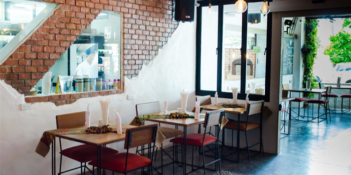 Restaurant Ambience of Rustic-Eatery & Bar in Patong, Kathu, Phuket, Thailand