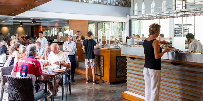Sunday Brunch Atmosphere of Oriental Spoon at Twinpalms Phuket, Phuket, Thailand