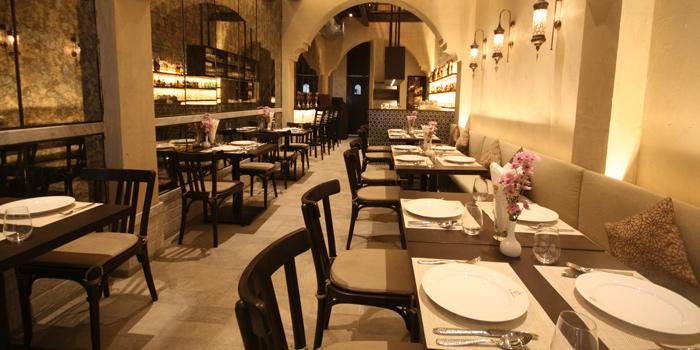 Dining Tables from Al Saray in Silom Soi 2/1, Bangkok