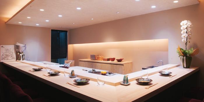 Dining Area from Sushi Masato in Sawasdee Soi 1, Bangkok