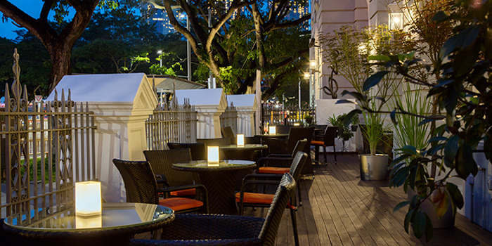 Outdoor Dining Area of Sinfonia Ristorante in Boat Quay, Singapore