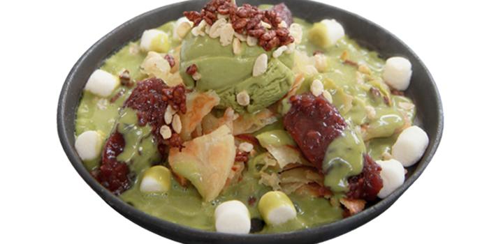 Green Tea Sizzling Roti from Audrey Cafe & Bistro in Thonglor Soi 11, Bangkok
