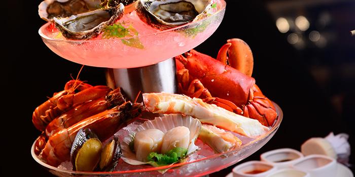 Seafood Tower, THE STEAK HOUSE winebar + grill, Tsim Sha Tsui East, Hong Kong