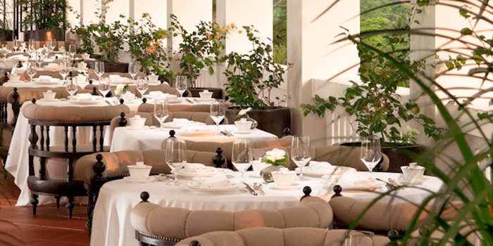 Terrace Dining of Cassia at Capella Hotel on Sentosa Island, Singapore