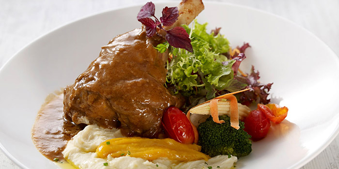 Braised Lamb Shank from Eatzi Gourmet Bistro (SAFRA Yishun) in Yishun, Singapore