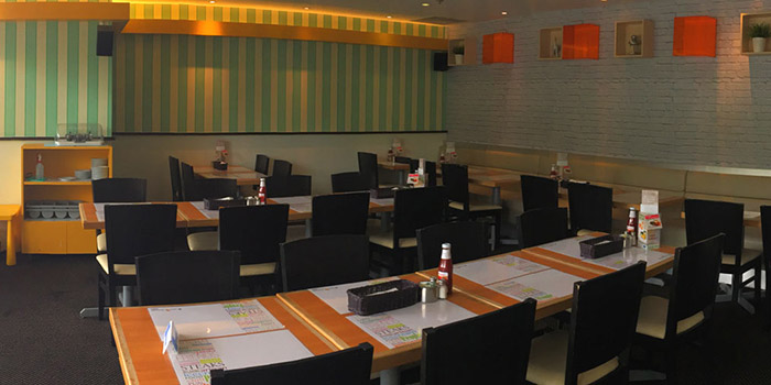 Interior of Eatzi Gourmet Bistro (Paya Lebar Square) in Paya Lebar, Singapore