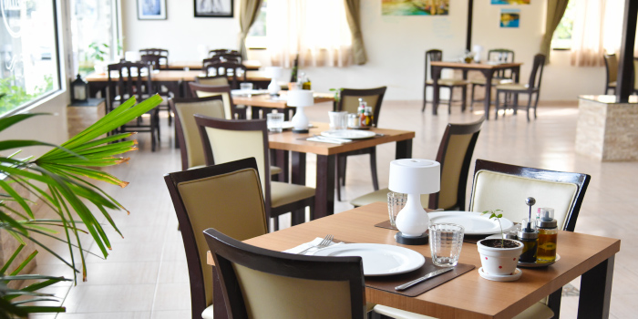 Restaurant Ambience of Bellini in Chalong, Phuket, Thailand