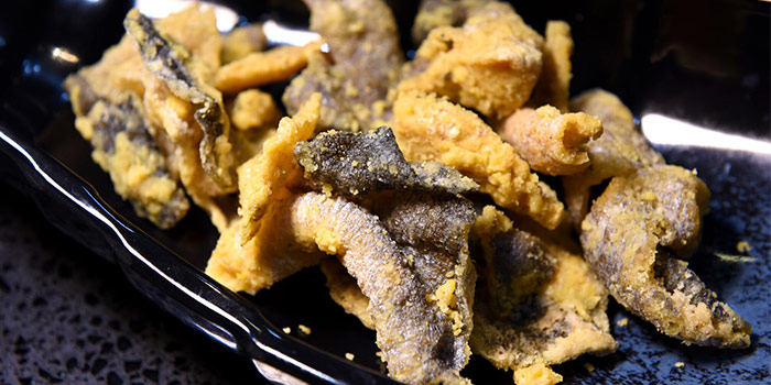 Crispy Fish Skin from Sea Tripod Seafood Paradise in Outram, Singapore