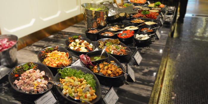 Appetizers from The Rain Tree Café at Plaza Athénée Bangkok, A Royal Meridien Hotel, Bangkok