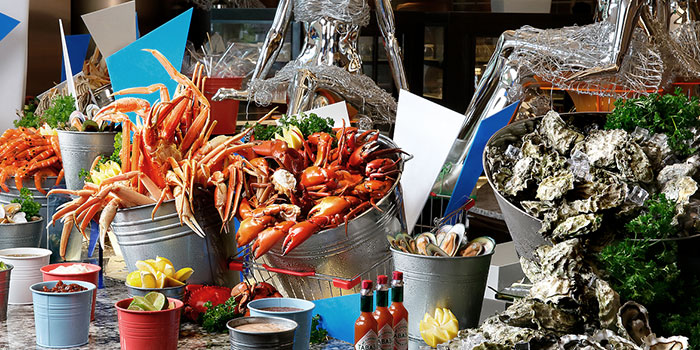 Seafood Spread from Food Capital at Grand Copthorne Waterfront Hotel in Robertson Quay, Singapore