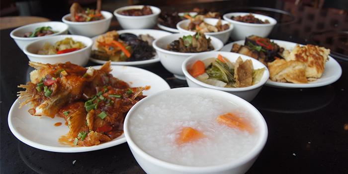 Teochew Porridge Buffet from MANLE Hotpot @ E!Avenue in Pasir Ris, Singapore