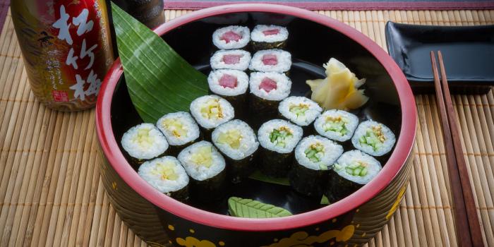 Monomaki from Tori Japanese Buffet Restaurant in Mueng, Phuket, Thailand
