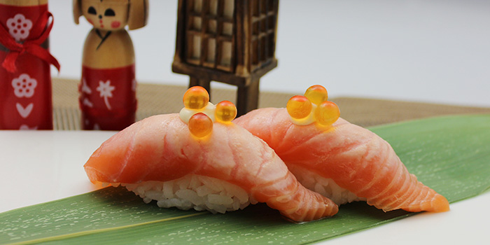 Aburi Shake Sushi from Shin Minori Japanese Restaurant @ UE Square in Robertson Quay, Singapore