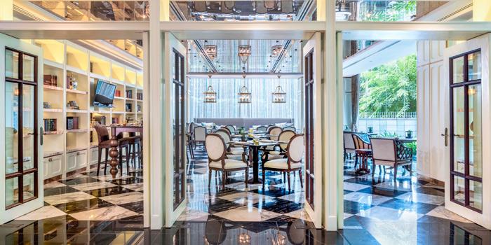 Valaya Room from The Rain Tree Café at Plaza Athénée Bangkok, A Royal Meridien Hotel, Bangkok