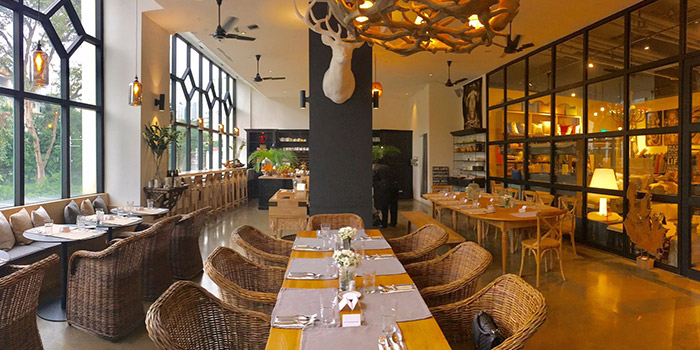 Dining Area of House of AnLi Bistro at Tanglin Mall in Tanglin, Singapore