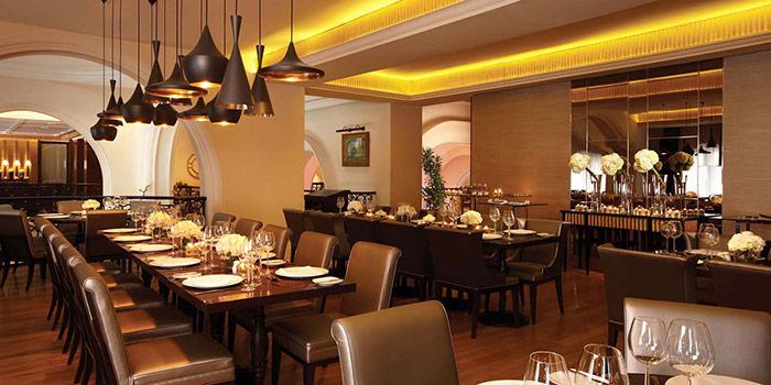 Interior 2 at Le Gran Cafe