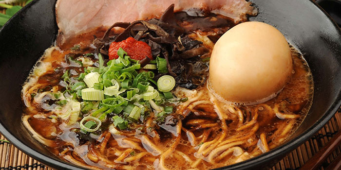 Black Garlic Oil Tonkotsu Ramen from Ramen Champion & Hokkaido Paradise in Changi, Singapore
