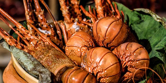 Lobster and Blue Crab from Romsai  at Banyan Tree Bangkok in Sathorn, Bangkok