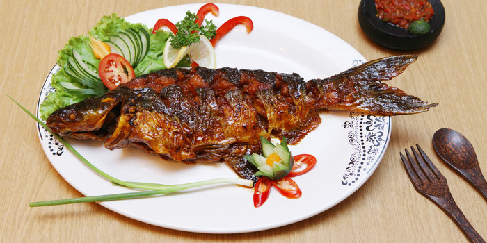 Roast Patin Fish at Batik Kuring