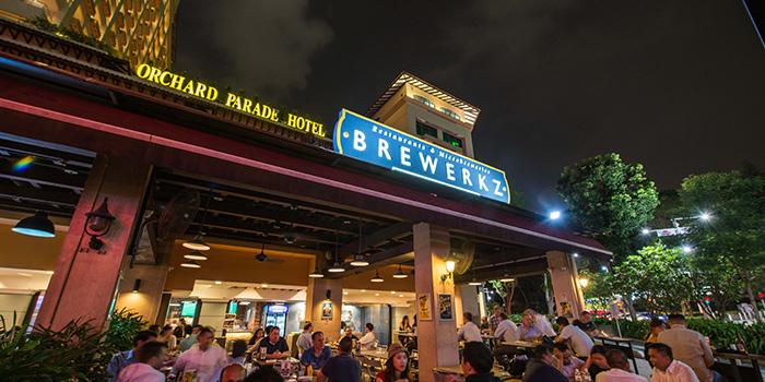 Outdoor Area of Brewerkz Orchard Rendezvous Hotel at Orchard Rendezvous Hotel in Tanglin, Singapore
