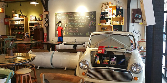 Cafe Decoration of Brunches Cafe in Little India, Singapore