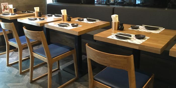 Dining Area MAGURO Sushi - Chic Republic Bangna in Bangna-Trad Road, Bangkok