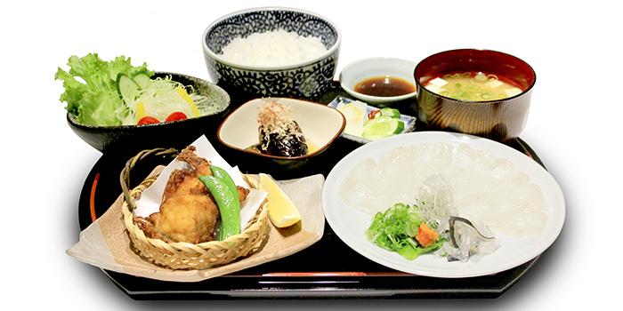 Fugu Set from Guenpin Fugu & Snow Crab Restaurant at Maxwell Chambers in Tanjong Pagar, Singapore