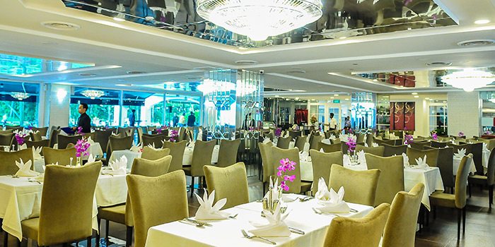 Dining Area of Royal Palm @ Orchid Country Club in Yishun, Singapore
