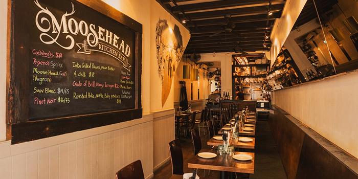 Dining Area of Moosehead Kitchen & Bar on Telok Ayer Street in Raffles Place, Singapore