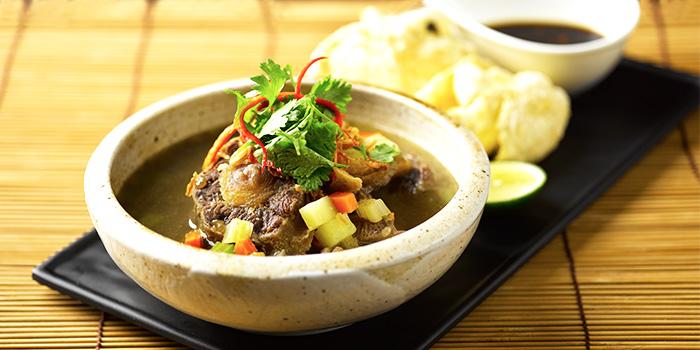 Sup Buntut from Rumah Rasa at Travelodge Harbourfront in Telok Blangah, Singapore
