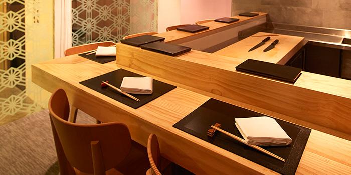Dining Area of Shoukouwa in Raffles Place, Singapore