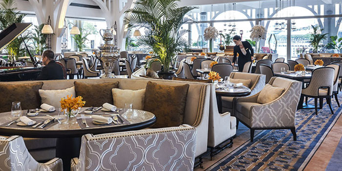 Seating Area of The Clifford Pier in Fullerton Bay Hotel, Singapore